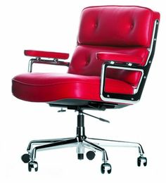 The ES 104 Eames Lobby Chair was created by designer couple Ray & Charles Eames for Vitra in the year The office chair ES 104 Lobby is an especially comf Vitra Lounge Chair, Eames Chairs, Swivel Chair, Bag Chairs, Dining Chairs, Charles & Ray Eames, Boardroom Chairs, Home Furniture, Furniture Design