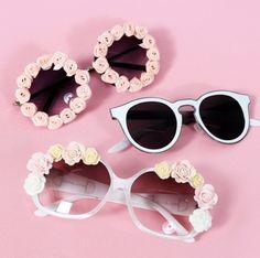 Cute DIY flower sunglasses!