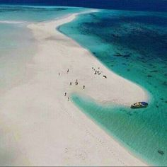 Derawan Island, East Kalimantan. INDONESIA