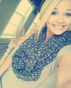 Blue eyes, blonde hair beauty. Feeling great on a beautiful day! Teeshirt~ american eagle, scarf ~target. ♡