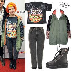 Hayley Williams: Acid Crop Jeans, Zipper Boots
