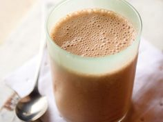 11 Brain-Boosting Smoothies: Dopamine Delight Smoothie http://www.prevention.com/health/brain-games/11-brain-boosting-smoothies?s=4