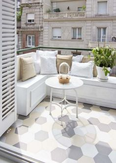 House with a Cool Design 7 (outdoor balcony tiles) Balcony Tiles, Balcony Flooring, Balcony Design, Apartment Balcony Decorating, Apartment Balconies, Cozy Apartment, Interior Balcony, Room Interior, White Apartment