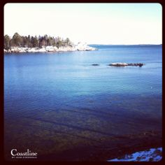 Camden Maine beautiful clean and clear water #mainecoast #coastlinebyannezimmerman