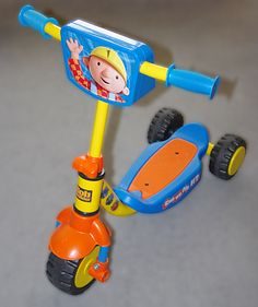 Can you scoot on it? Yes you can! Bob the Builder scooter with lights & sounds - selling for only £3!