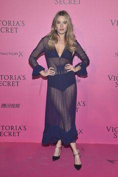 Camille Rowe in Dior - Red Carpet, Victoria's Secret Fashion Show 2016