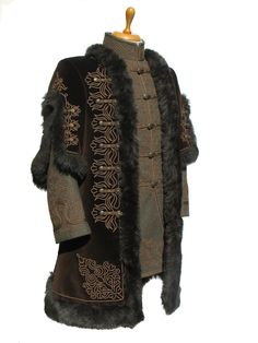 Mens Leather Coats, Leather Jacket, Period Outfit, Russian Fashion, Historical Clothing, Hungary, Kaftan, Uni, Fur Coat