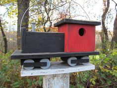 Red and Black Choo Choo Train Primitive Birdhouse Locomotion Caboose