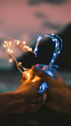 Got this thing about fairy lights so put some in your… – Best Decoration Love love love! Got this thing about fairy lights so put some in your Creative Photography, Amazing Photography, Nature Photography, Photography Ideas, Makeup Photography, Photography Backgrounds, Photography Aesthetic, Photography Accessories, Fairy Light Photography