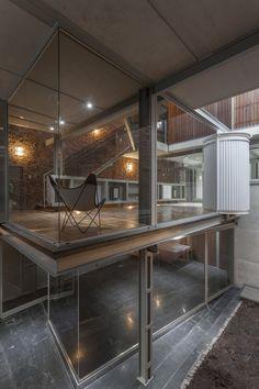 Mercedes House | Frazzi Arquitectos   #Argentina #BuenosAires #ClaudioDeCaroli #Concrete #courtyards #FedericoKulekdjian #FrazziArquitectos #material #MercedesHouse #skylight #structuralsystem