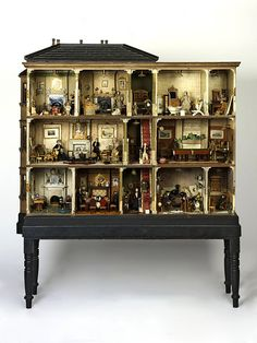 Miss Miles' Dolls' House - England, 1890, Victoria & Albert Museum