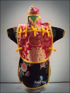A Cute Chinese Style Bottle Holder :)