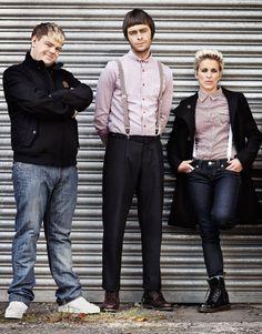 Andrew Ellis, Joe Gilgun, Vicky McClure - This is England Braces, check, terrible haircuts. Skinhead Fashion, Mens Fashion, Skinhead Style, This Is England Film, Terrible Haircuts, Dr Martins, England Fashion, Great Films, Culture