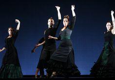 De flamencas, espectáculo del bailaor Marcos Flores en la Bienal de Flamenco de Sevilla 2012. Foto: Antonio Acedo.