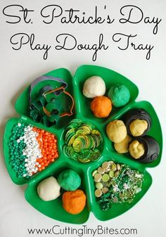 St. Patricks Day Play Dough Tray. Hours of sensory and fine motor fun for your kids!
