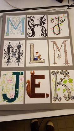 Activités manuelles, bricolages – Enluminure, lettrine : L'enluminure est l'enrichissement de la lettre par le dessin. Une lettrine peut être végétale, animalière, à figure humain ou à motifs géométriques. La lettrine est un savant et curieux assemblage de lettre et… Medieval, Alphabet Art, Art Plastique, Art Sketches, Renaissance, Art For Kids, Art Projects, Street Art, Gallery Wall