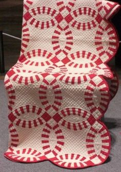 Red and White Wedding Ring Quilt