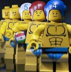 Open Water Swimming, Man Swimming, Men's Water Polo, Waterpolo, Lego Photo, Swim Team, Beach Volleyball, Legos, Noel