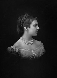 HM Queen Mercedes of Spain (1860-1878) née Her Royal Highness Infanta Doña Mercedes of Spain, Princess of Orléans. Queen Mercedes married the King of Spain when she was 17, but she became ill with tuberculosis on their honeymoon. She died two days after her 18th birthday.