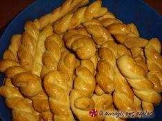 Greek Sweets, Greek Desserts, Greek Recipes, Sweets Recipes, Easter Recipes, Wine Recipes, Cooking Recipes, Koulourakia Recipe, Greek Cookies