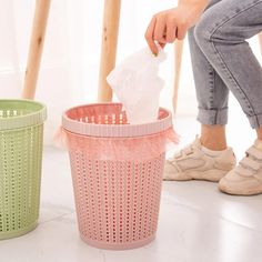 Waste Bins Hollow Trash Can Storage Bucket Holder – Mobel Deko Ideen Cool Kitchen Gadgets, Home Gadgets, Cool Kitchens, Bedroom Gadgets, Office Gadgets, Spy Gadgets, Travel Gadgets, Cooking Gadgets, Electronics Gadgets