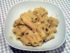 Rigatoni con Guanciale, Pesto di Gambi di Carfiofi e Olive Verdi