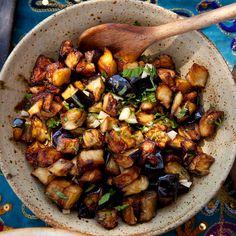 Kuninkaan munakoisosalaatti Kung Pao Chicken, Ethnic Recipes, Food, Essen, Meals, Yemek, Eten