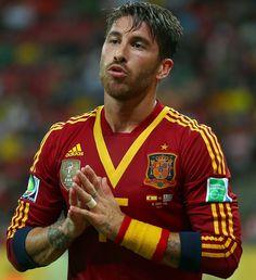 Sergio Ramos so cute - España x Uruguay - Copa Confederaciones