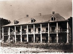 De La Ronde Plantation before it burned in 1880s, site of Battle of New Orleans where the British camped before being defeated by Andrew Jackson and his men...
