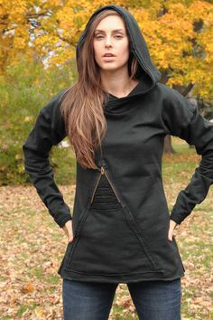 black hoodie with triangle pocket by barbarakeisman on Etsy, oh man I really want this hoodie!