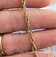 FREE TUTORIAL: how to make this lovely chain.