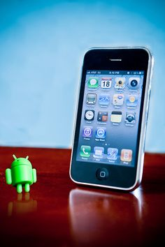 Apple iPhone - 15 Reasons to Use it