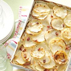 Scalloped Potatoes with Ham Recipe from Taste of Home -- shared by Wendy Rhoades of Yacolt, Washington Scalloped Potatoes with Ham HEAD 2 allerlei leckers -pommes- patat-patatos-chips-Kartoffeln Scalloped Potatoes with Ham Recipe from Ham Recipes, Side Dish Recipes, Potato Recipes, Casserole Recipes, Great Recipes, Cooking Recipes, Favorite Recipes, Veggie Casserole, Dinner Recipes