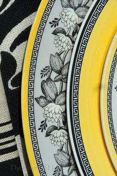 Villeroy & Boch patterns Audun Ferme and Audun Fleur. Place Settings, Table Settings, Thanksgiving Tablescapes, China Patterns, Fine China, Teapots, Tabletop, Nest, Decorative Plates