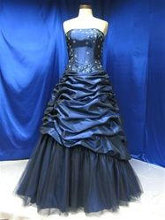 TARDIS wedding dress... <3 Beautiful! Though it looks more like a Prom dress than a wedding dress!