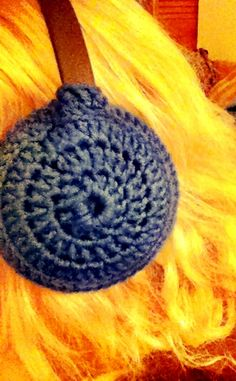 crocheted earmuffs of my own design! (if any of you are friends with my dad, please don't show him. they're a surprise.)