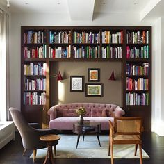 Less is more — even when it comes to square footage. See 17 of the most beautiful small spaces on our blog (link in bio), like this Tribeca nook by Damon Liss Design.