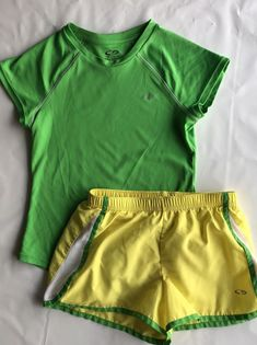 32e1b80f7df91 C9 Champion Girls M 7-8 Yellow Green V neck short top outfit  c9bychampion