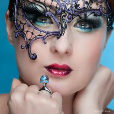 Burlesque Masque ring blue http://www.coicoi.it/teatro/