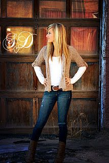 Senior Picture(: This is a good idea, she is gorgeous, and her outfit is really cute.