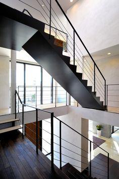 専門家:株式会社ウィズ・ワンが手掛けた、階段(自然素材の家 駒沢モデル)の詳細ページ。新築戸建、リフォーム、リノベーションの事例多数、SUVACO(スバコ)