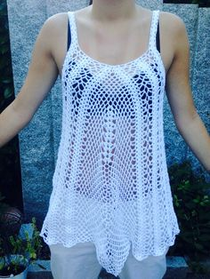 Sommertop Lace Garn Uni ca 700m, NS 4, Anleitung http://www.craft-craft.net/crafts-for-summer-fashion-top-for-women-free-crochet-pattern.html