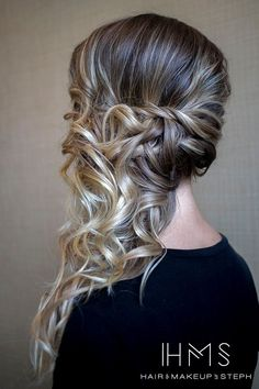 15 Very modern and trendy hairstyles - Frisuren abschlussball - Side Ponytail Hairstyles, Down Hairstyles, Easy Hairstyles, Wedding Hairstyles, Hairstyles 2016, Modern Hairstyles, Updo Side, Side Curls, Homecoming Hairstyles