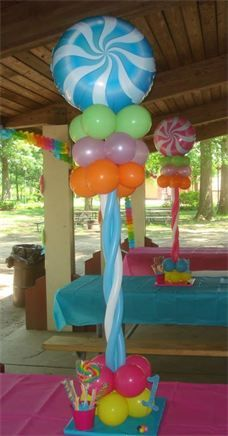 Candy Theme Braided Topiary with Specialty Base - Birhday Centerpieces Long Island Balloon Centerpieces Candy Decorations, Balloon Decorations Party, Party Themes, Ideas Party, Candy Themed Party, Candy Land Theme, Balloon Centerpieces, Balloon Columns, Candyland