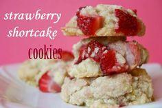 Bakergirl: Strawberry Shortcake Cookies.