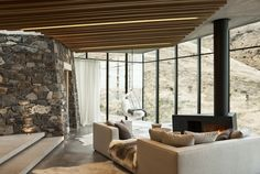 Fascinating Nature Escape in New Zealand: Annandale Seascape Cottage - http://freshome.com/fascinating-nature-escape-in-new-zealand-annadale-seaside-cottage