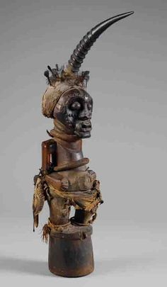 Africa | A power figure (nkisi) from the Songye people of DR Congo | ca. early 1900s
