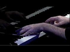 """Pedro Mariano - """"Se Eu Quiser Falar Com Deus"""". (Composição de Gilberto Gil). Piano: Cesar Camargo Mariano."""