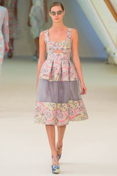Erdem Spring 2013 RTW - Review - Collections - Vogue#/collection/runway/spring-2013-rtw/merdem/1/#
