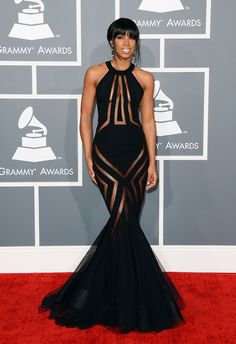 Kelly Rowland in Georges Chakra, at the 2013 Grammys. Go 'head, gurl.